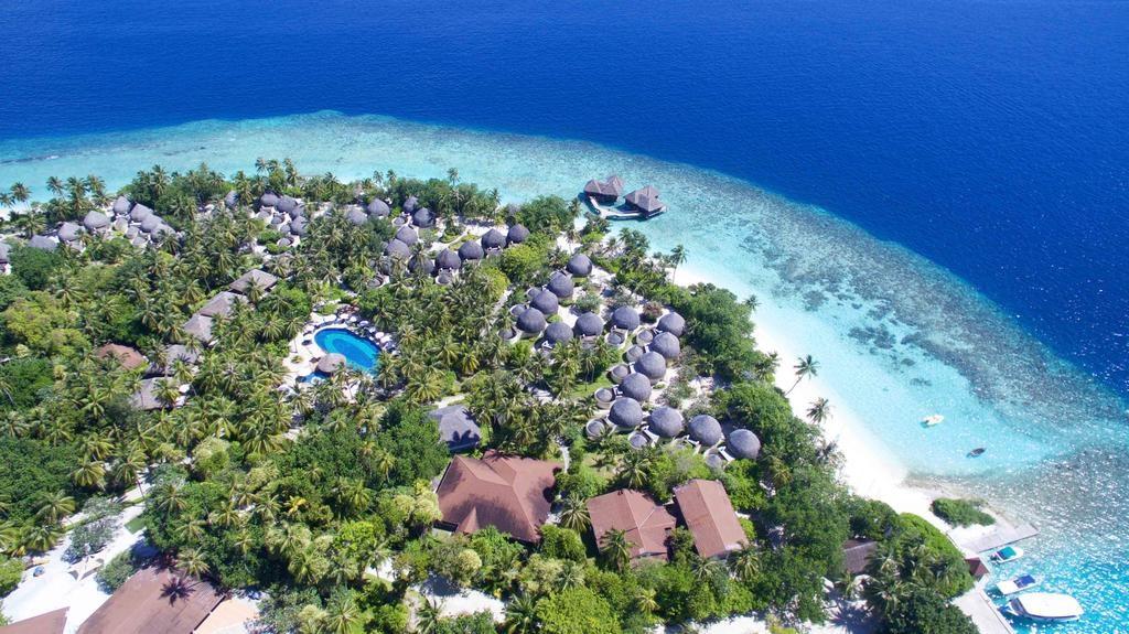 Bandos Maldives 4*