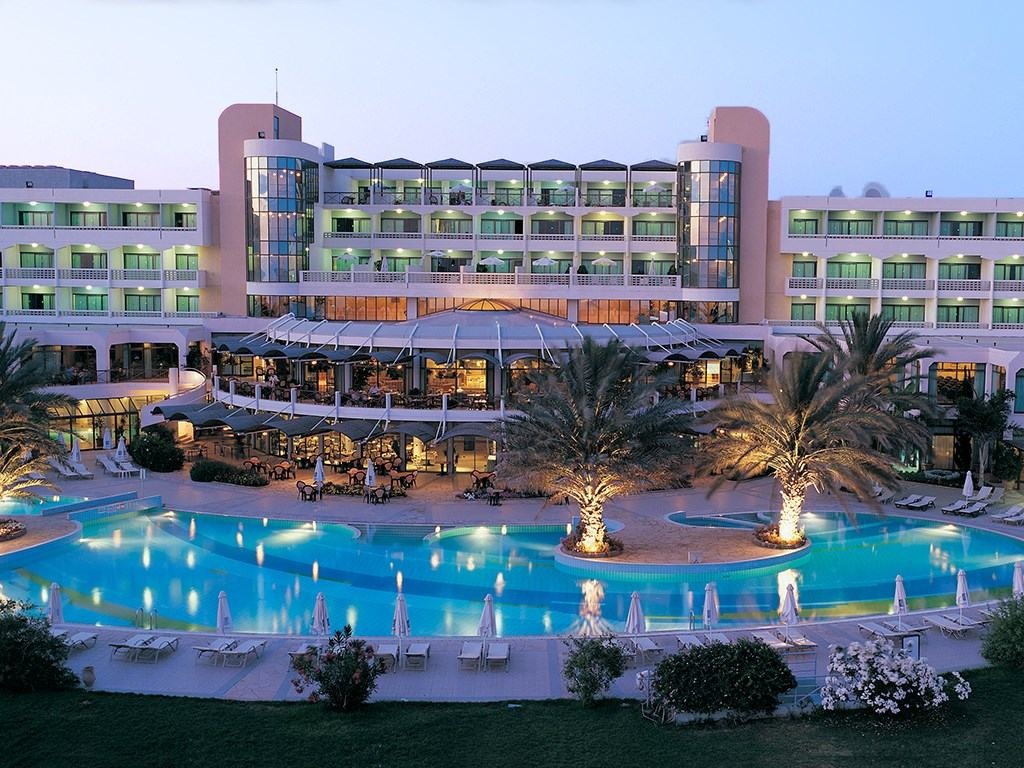 Constantinou Bros Athena Royal Beach Hotel 4*