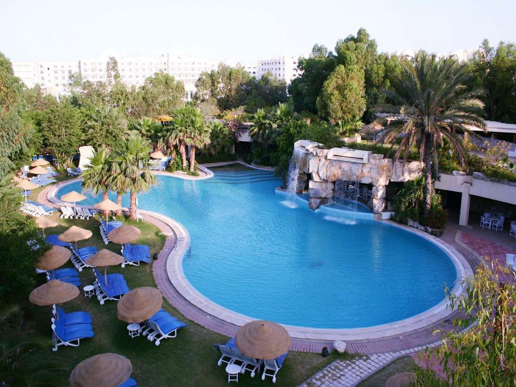 Shell Beach Hotel Spa 4*